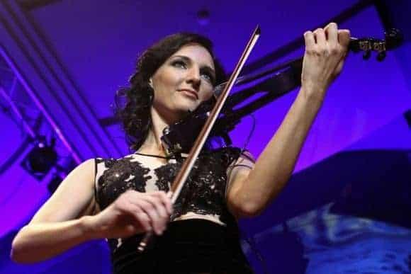 Enrika Uselyte Violinist02