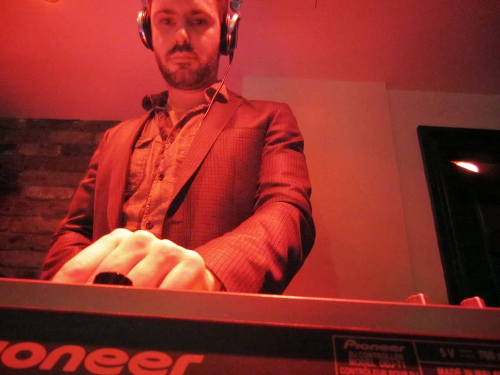 DJ Tom Hastings - Flute / Noir Bar London - Storm DJs