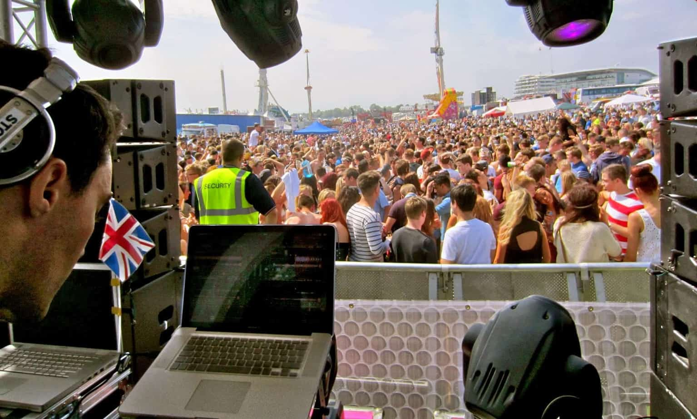 DJ Glu Sound - Epsom Derby Festival - Storm DJs