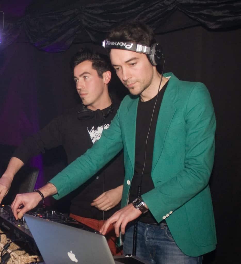 DJ Glu Sound & Billy Gonzalez - Storm DJs