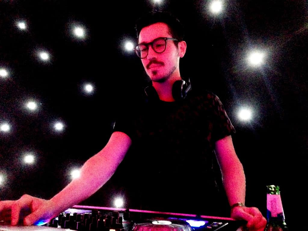 DJ Billy Gonzalez - Storm DJs London Agency - DJ Hire