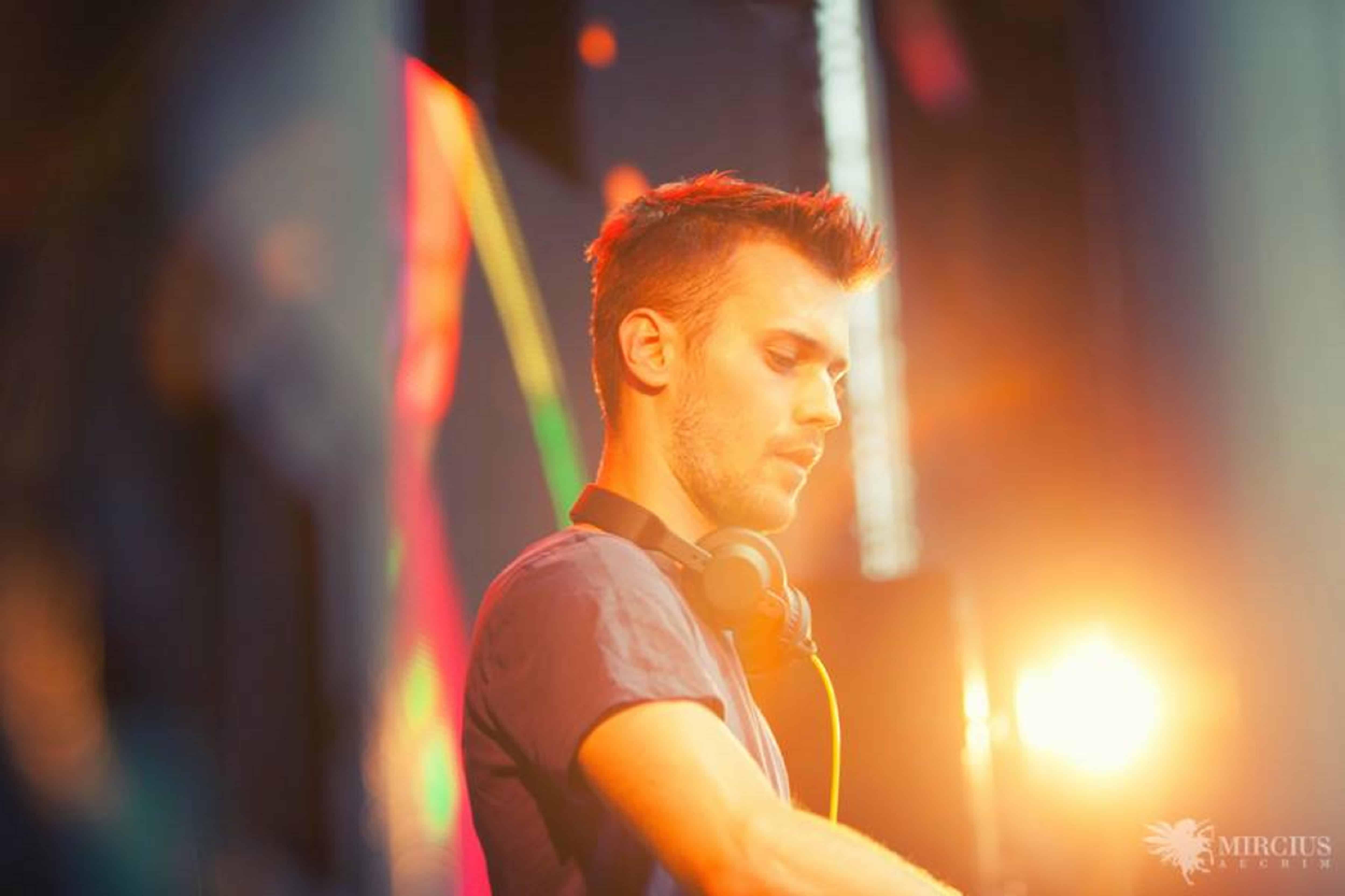 DJ Paul Damixie - DJ Hire Agency - Storm DJs
