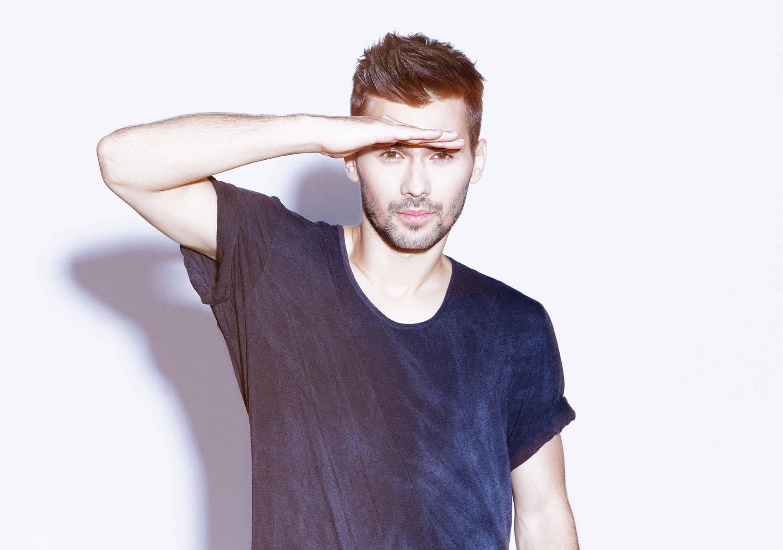 DJ Paul Damixie - Profile 3 - DJ Hire Agency - Storm DJs