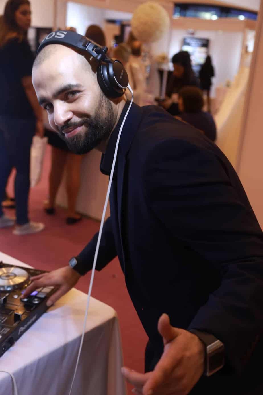 DJ Maj-ik - Profile 4 - DJ Hire Agency - Storm DJs