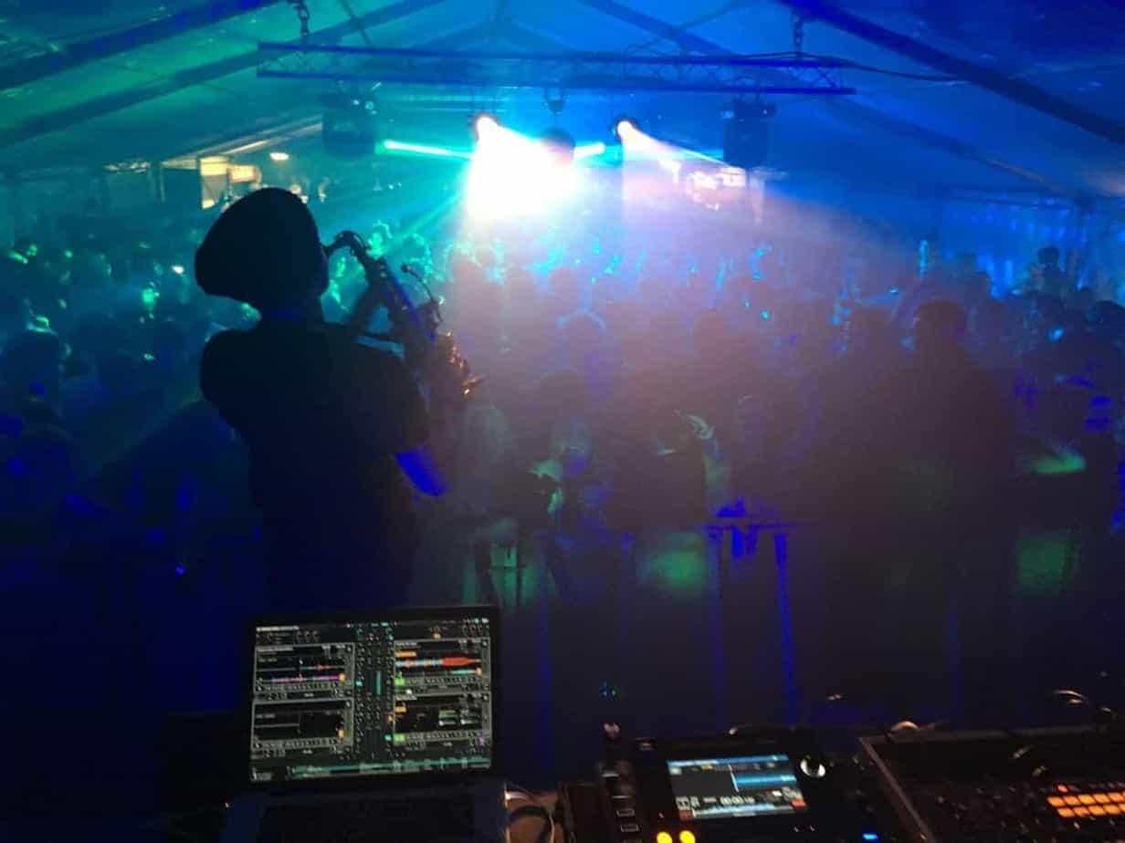 ashley james - saxophonist & DJ hire