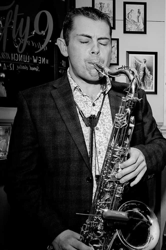 Paul Dove - saxophonist - bar - club - dj