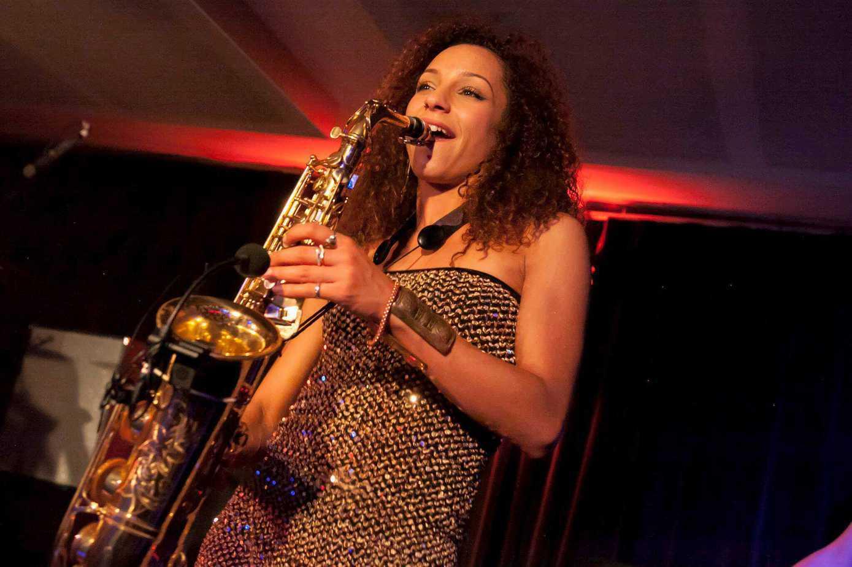 Yasmin Ogilvie DJ Saxophonist 05