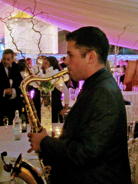 Paul Dove Saxophonist for DJs