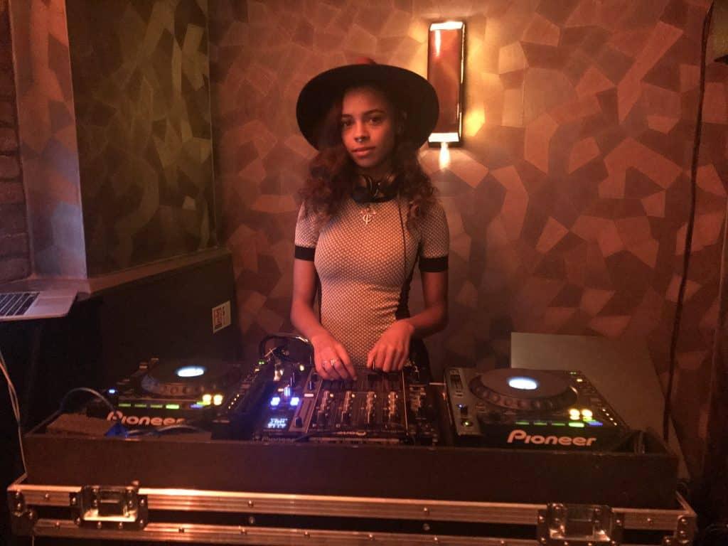 DJ Teisha Matthews - Storm DJs agency